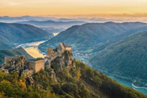Фотографии Австрия Замки Реки Вечер Холмы Aggstein Castle Города