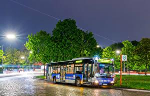 Фотография Автобус Дороги Ночные Немецкий Авто