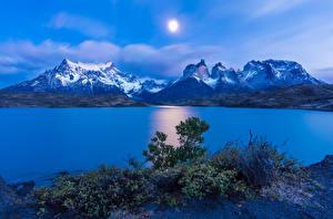 Картинка Чили Горы Речка Небо Пейзаж Холмы Солнце Torres del Paine