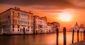 Картинка Вечер Италия Венеция Водный канал