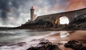 Фотографии Франция Мосты Маяки Камни Вечер Plouzane Brittany Природа
