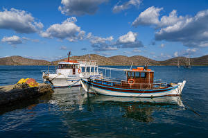 Фотография Греция Море Небо Катера Причалы Облака Krit Природа