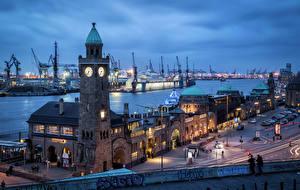 Фото Гамбург Германия Вечер Здания Причалы Часы Башня