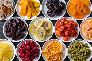 Картинки Киви Изюм Сухофрукты Тарелка Пища