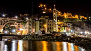 Картинки Лигурия Италия Здания Речка Мосты Ночные Уличные фонари Camogli