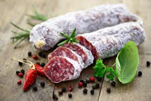 Фото Мясные продукты Колбаса Приправы Перец чёрный Продукты питания