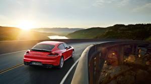 Картинка Porsche Мосты Дороги Красный Сзади Panamera GTS 2015 Авто