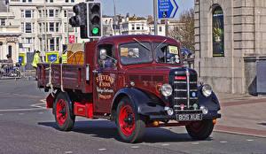 Картинка Винтаж Бордовый Металлик Пикап кузов 1948 Bedford K type truck Авто