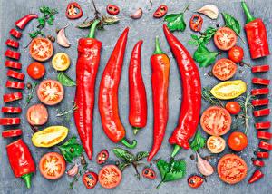 Картинка Овощи Помидоры Чеснок Острый перец чили Нарезанные продукты Пища