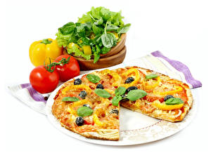 Картинка Фастфуд Пицца Помидоры Белый фон Базилик душистый Продукты питания