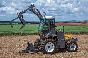 Обои Поля Сельскохозяйственная техника Трактор Valtra BE 1100