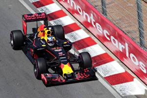 Картинка Формула 1 2016 Red Bull RB12 спортивные Автомобили