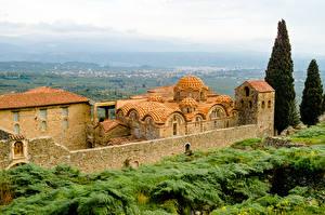 Фото Греция Храмы Монастырь Деревья Mistras Города