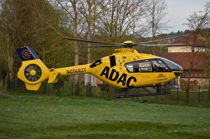 Картинки Вертолеты Желтый Christoph 28 Авиация