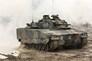 Фото БМП Грязный Combat Vehicle 90, Sweden военные
