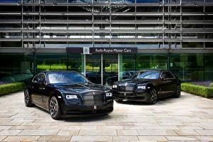 Фото Rolls-Royce Черный Металлик Вдвоем Машины