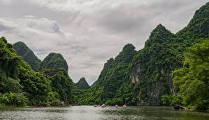 Фотография Вьетнам Горы Леса Залив Ninh Binh Природа