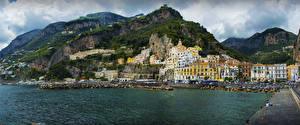 Картинка Амальфи Италия Здания Гора Берег город