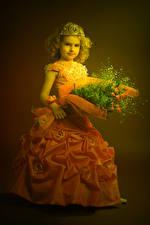 Картинки Букет Корона Девочки Модель Платья Дети