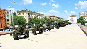 Обои Пушки Танки Россия Волгоград Российские Музей 57mm ZIS-2, 76mm ZIS-3, 85mm D-44, 152mm Howitzer, 85mm 52-K, 152mm D-1, 122mm  M-30, 203 mm B-4, BA-64B, T-26, T-60, BA-20M, BM-13