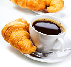 Фотография Кофе Круассан Чашка Завтрак Еда