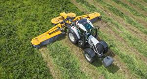 Картинка Поля Сельскохозяйственная техника Трактор Сверху 2014-17 Valtra T Series