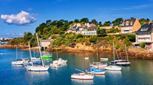 Фотографии Франция Дома Берег Парусные Яхта Brittany Города
