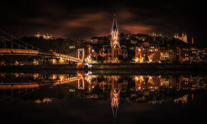 Обои Франция Здания Речка Мосты Ночные Отражение Lyon Города
