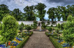 Картинка Германия Сады Фонтаны Кусты Дерева HDRI Salingenstadt Природа