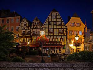 Обои Германия Здания Ночные Уличные фонари Linz am Rhein Города