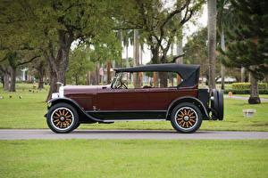 Фотографии Lincoln Винтаж Бордовый Сбоку 1924 Model L Sport Phaeton by Brunn Авто