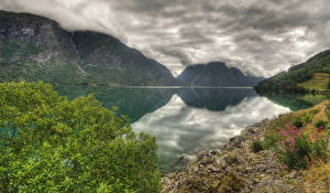 Картинка Норвегия Озеро Горы HDR Облака lake Strynsvatnet