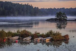 Обои Швеция Реки Лодки Причалы Туман