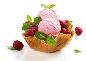 Картинка Сладости Мороженое Малина Белый фон Шар Листва Мята Еда