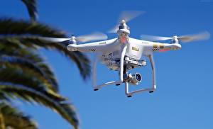 Картинка Беспилотный летательный аппарат quadcopter, DJI Phantom 3
