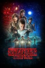 Обои Winona Ryder Мужчины Ночь Мотоциклист Stranger Things, Millie Bobby Brown, Natalia Dyer Кино