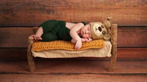 Фотография Доски Младенцы Шапка Сон Кровать ребёнок