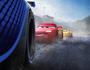 Картинки Тачки 3 Вблизи Колесо Lightning McQueen, Cruz RamireJackson Stormz мультик