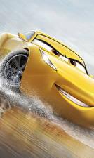 Картинка Тачки 3 Желтый Улыбка Cruz Ramirez Мультфильмы