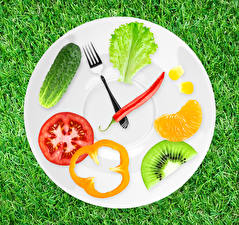 Картинка Часы Овощи Фрукты Огурцы Креативные Трава Тарелка Дизайна Вилка столовая Продукты питания