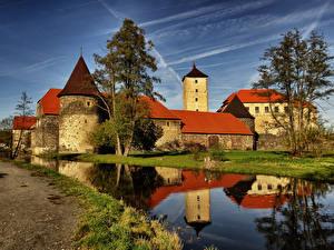 Обои Чехия Замок Пруд Дерева Burg Svihov Города