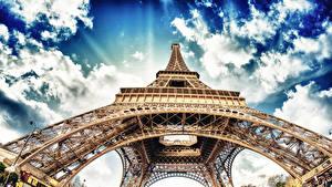 Обои Франция Париж Эйфелева башня Вид снизу Города