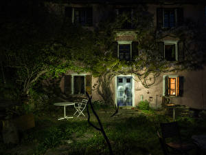 Картинка Италия Дома Ночь Gurro Piedmont
