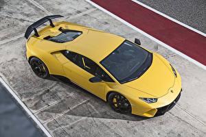 Обои для рабочего стола Ламборгини Желтых Сверху 2017 Huracan Performante Автомобили