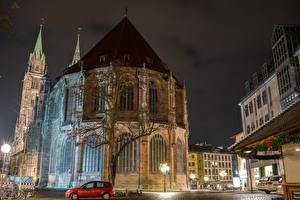 Фотографии Нюрнберг Германия Дома Храмы Ночные Уличные фонари