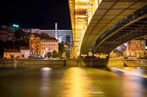 Картинки Речка Здания Мосты Сербия Ночные Belgrade Города