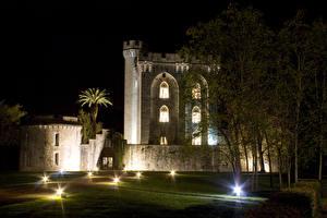Фотографии Испания Дома Ночь Газон Bilbao Basque Country Города