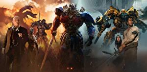 Фотографии Трансформеры: Последний рыцарь Мужчины Робот Мечи Optimus Prime, Bumblebee, Mark Rober, Anthony Hopkins