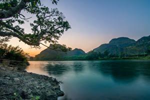 Фото Вьетнам Реки Вечер Горы Пейзаж Ветвь Природа