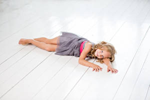 Картинка Доски Девочки Модель Платье Миленькие Ребёнок